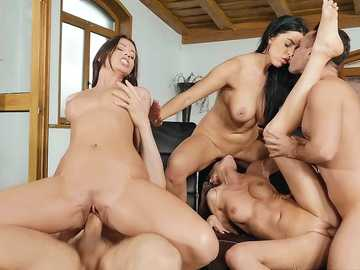 Kira Queen, Tina Kay and Vicky Love: Horny Models Pool Party