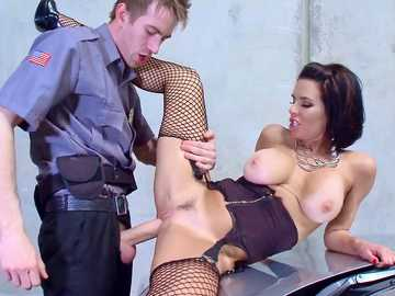 Busty MILF Veronica Avluv found monster cock to satisfy her work fantasies